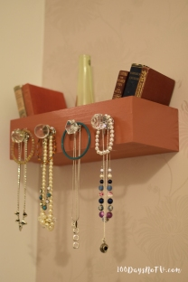 A photograph representing 100DaysNoTV Day 9, Upcycled Jewellery Holder