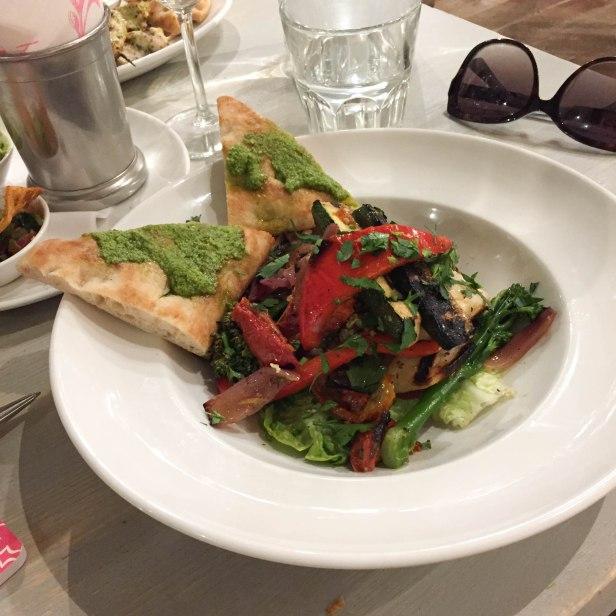 Halloumi Salad main