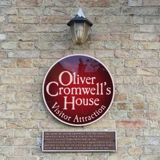Oliver Cromwell's House sign on the wall outside